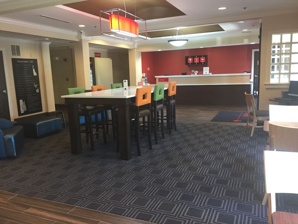 Lobby Lounge, TownePlace Suites by Marriott Wilmington Newark/Christiana
