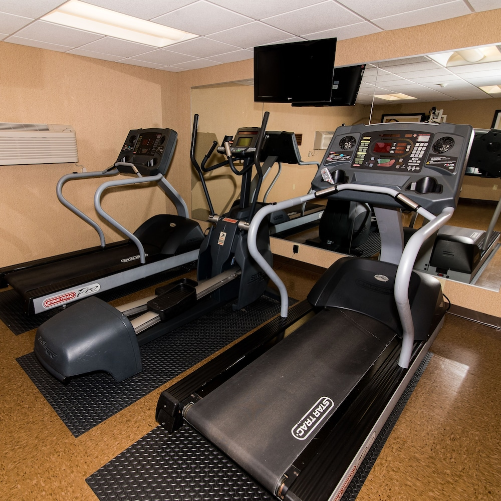 Fitness Facility, Howard Johnson by Wyndham Portsmouth