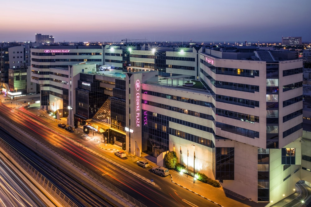 Front of Property - Evening/Night, Crowne Plaza Dubai Deira