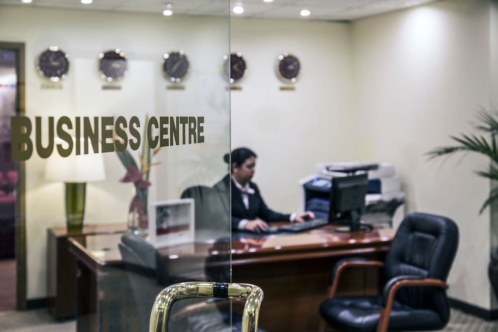 Business Center, Crowne Plaza Dubai Deira