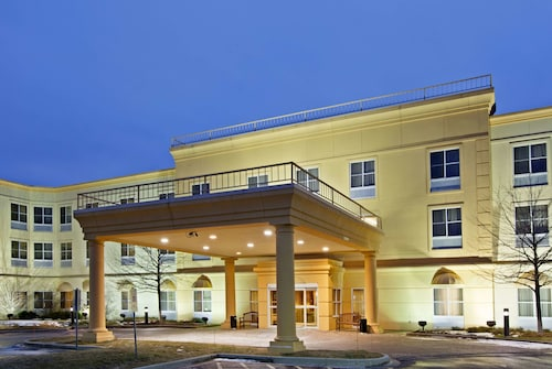 La Quinta Inn & Suites by Wyndham Bannockburn-Deerfield