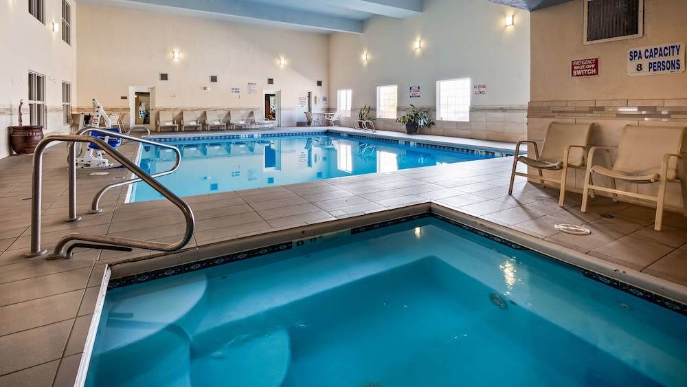 Indoor Pool, Best Western Plus Executive Suites