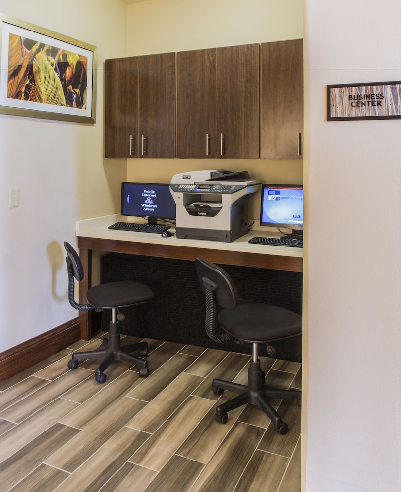 Business Center, Best Western Plus Executive Suites