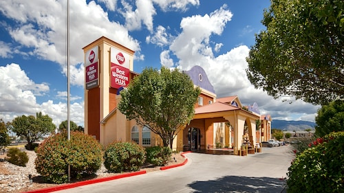 Great Place to stay Best Western Plus Executive Suites near Albuquerque