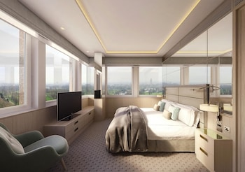 Panoramic Suite, Park View - Guestroom