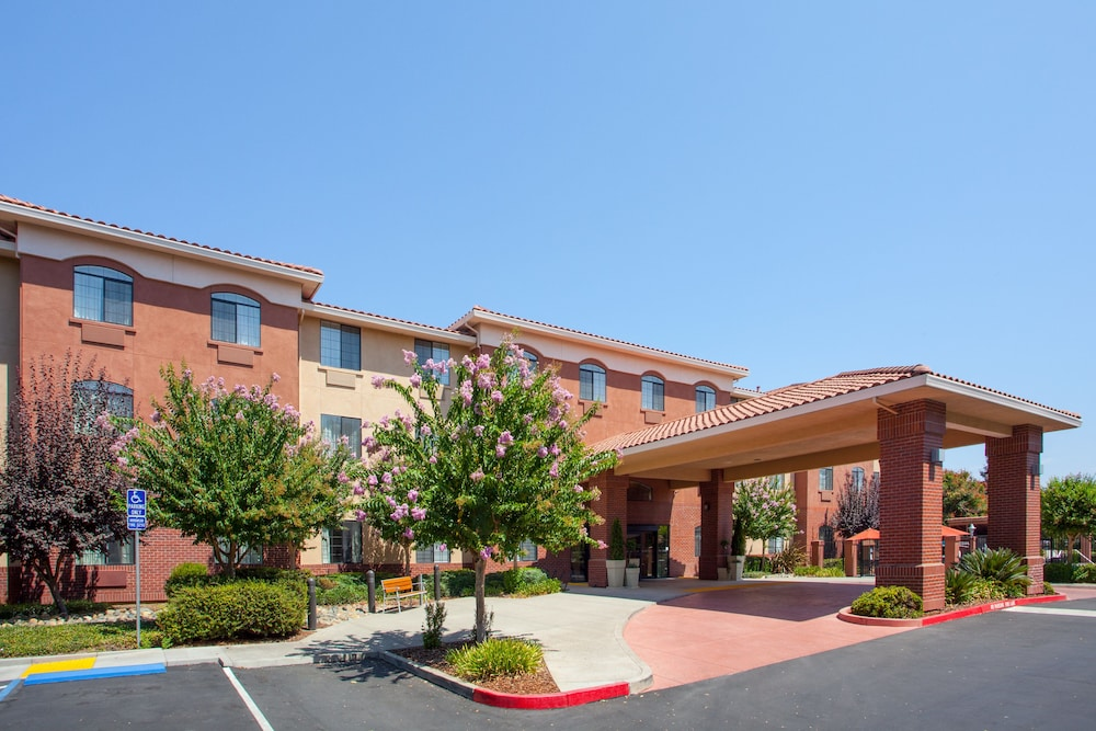 Featured Image, Holiday Inn Express & Suites Davis - University Area