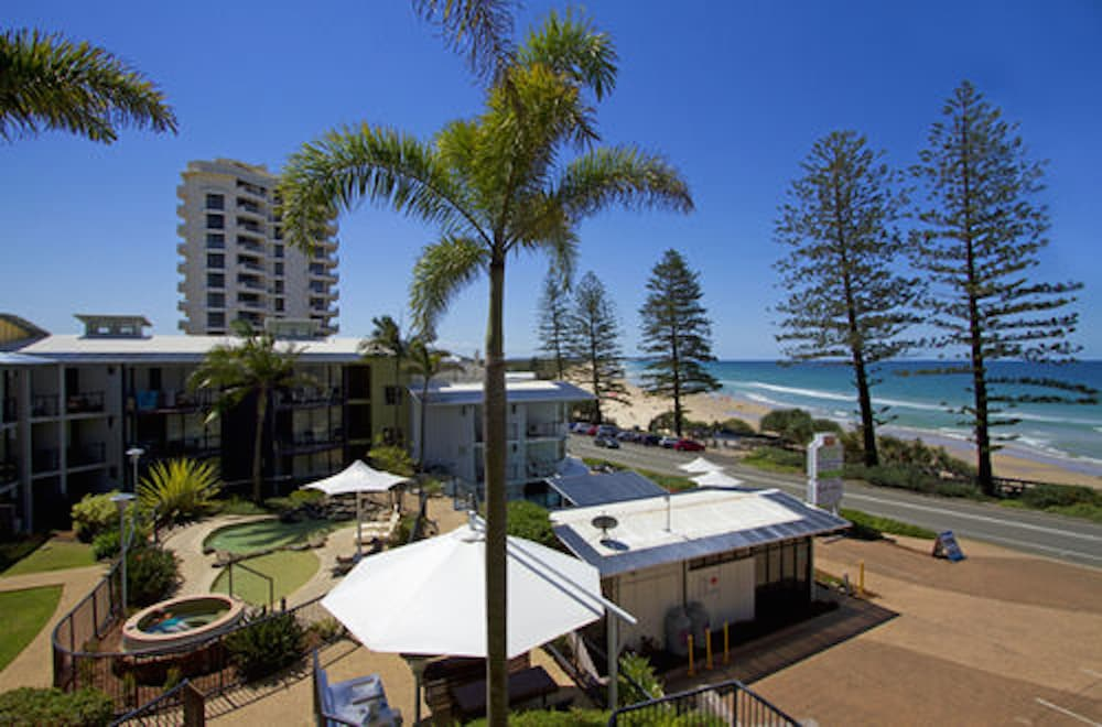Beach Retreat Coolum Reviews