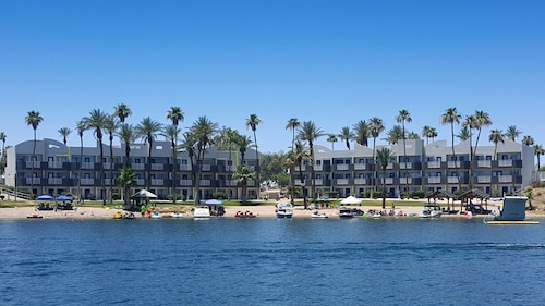 The Nautical Beachfront Resort (USA 519257 3.6) photo