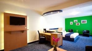 Safe på rommet, lydisolert, gratis wi-fi og rullestoltilpasning