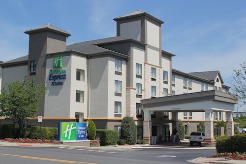 Holiday Inn Express Hotel & Suites Charlotte-Concord-I-85