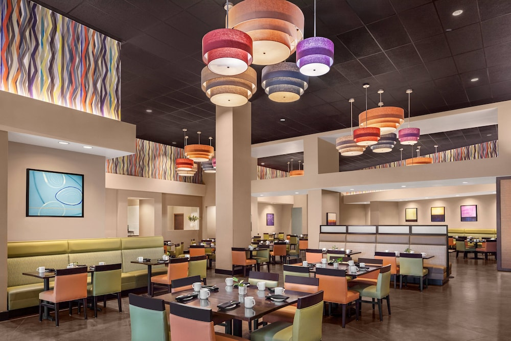 Breakfast Area, Delta Hotels by Marriott Anaheim Garden Grove