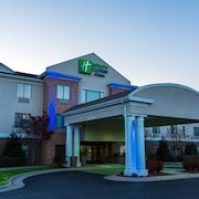 Holiday Inn Express Hotel and Suites Kinston