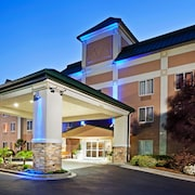 Holiday Inn Express Hotel and Suites Kings Mountain