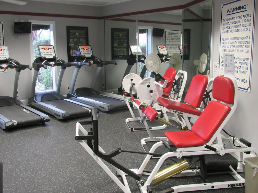 Sports Facility, Victoria Palms Inn & Suites