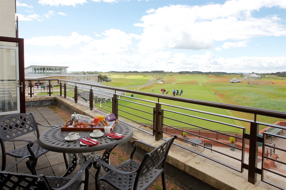 Balcony, Carnoustie Golf Hotel