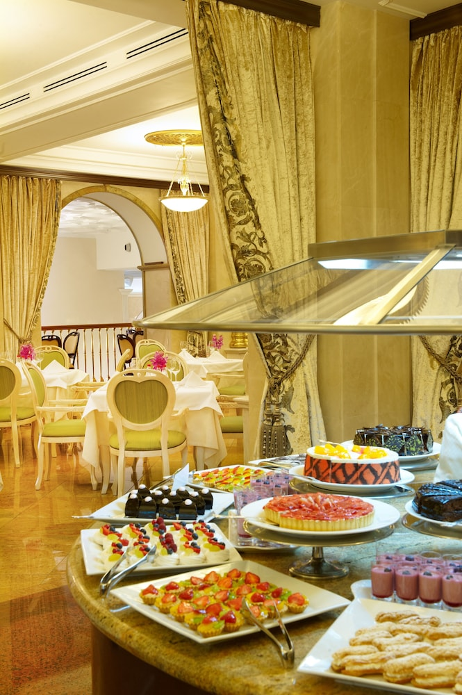 Buffet, Radisson Collection Hotel, Moscow