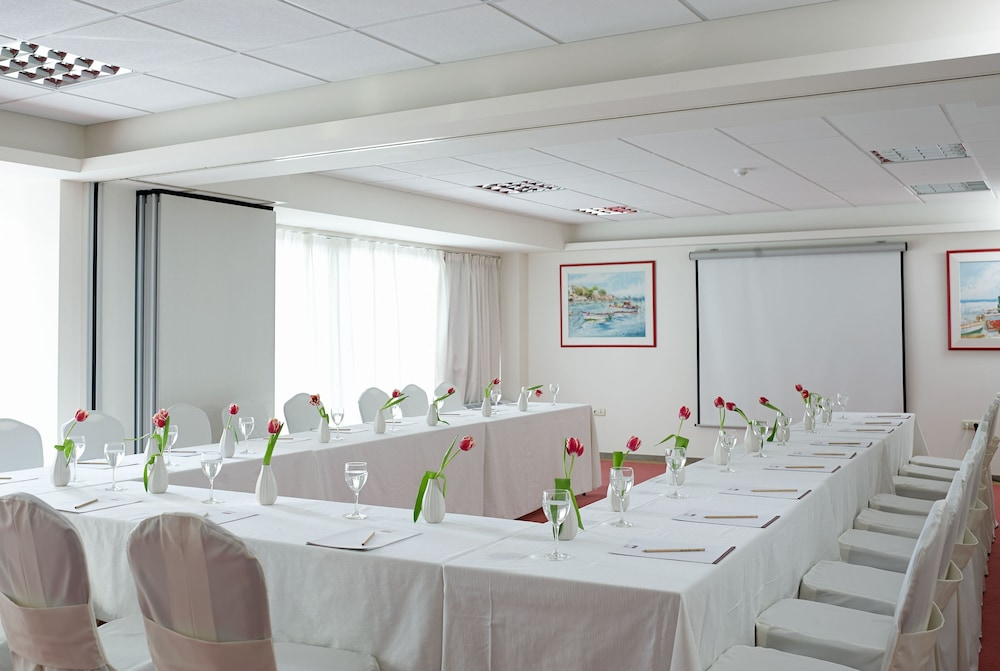 Meeting Facility, Amarilia Hotel
