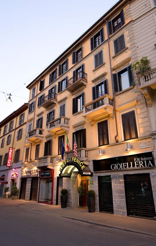 Hotel fenice milano in milan hotel rates reviews on orbitz for Hotel fenice milano