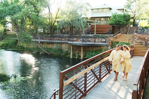 Sunrise Springs Spa Resort - Adults Only