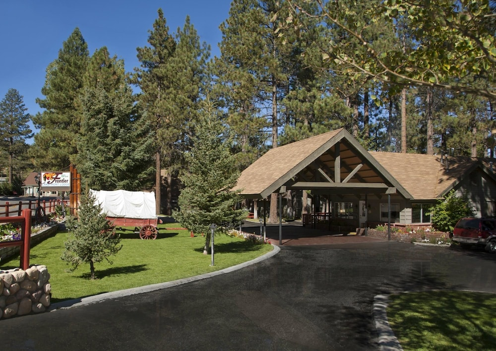 friendly cabins big bear for pet lake luxury rentals cabin less