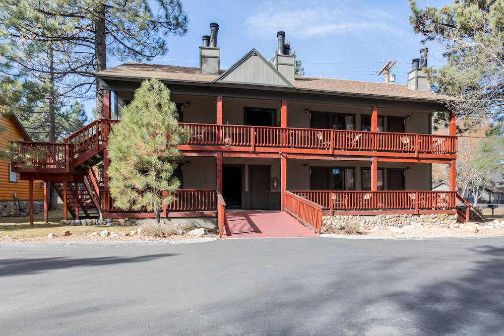 Street View, Big Bear Frontier