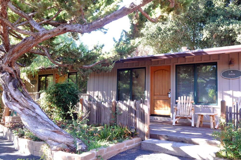 Exterior, Carmel Valley Lodge and Resort