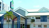 Coral Tree Inn - Cairns Hotels