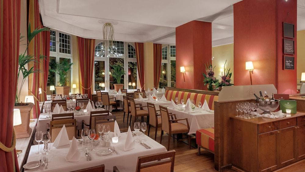 Wohnzimmer Cafe Wiesbaden ~ Ciltix.com = Sammlung von ...
