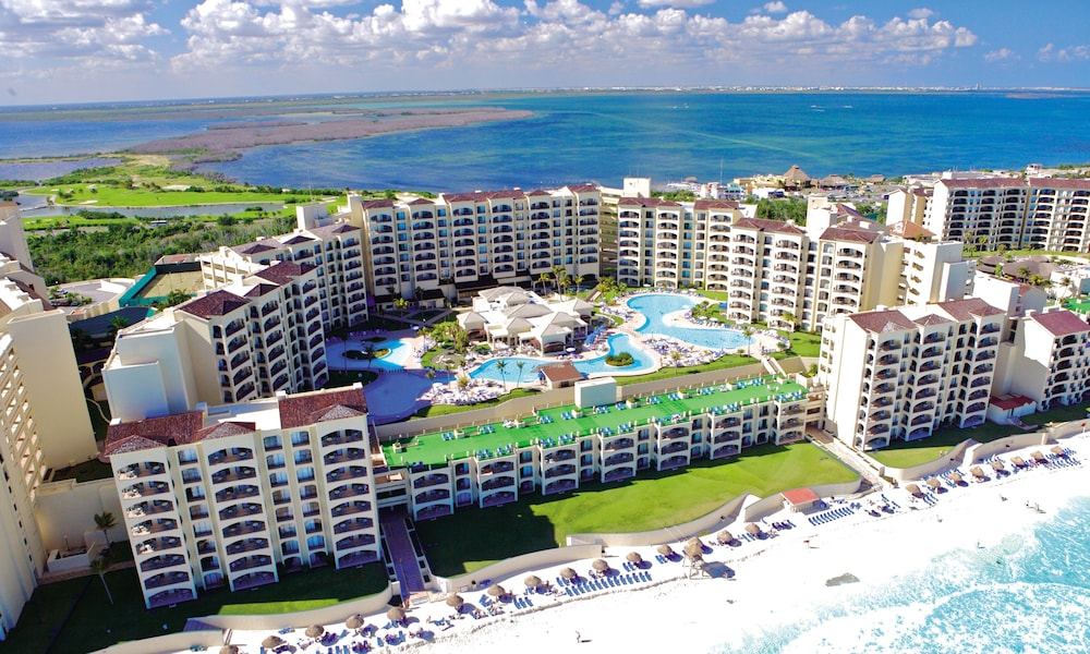 Aerial View, The Royal Caribbean - An All Suites Resort