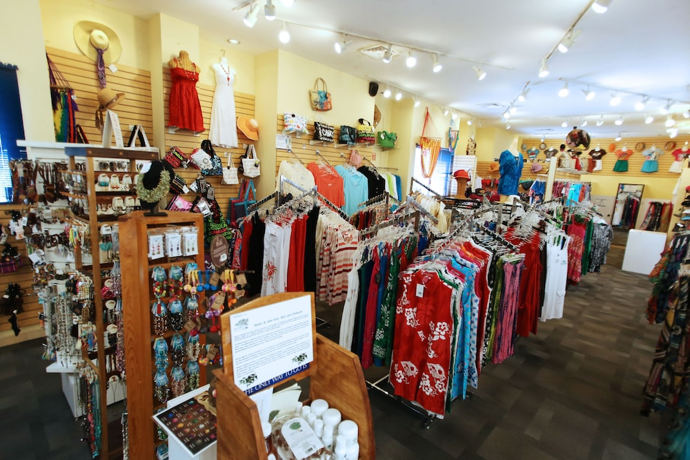 Gift Shop, The Royal Caribbean - An All Suites Resort