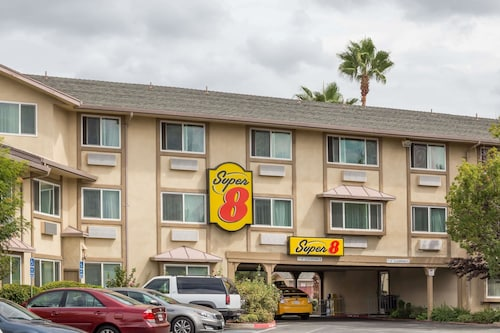 Super 8 by Wyndham Sacramento