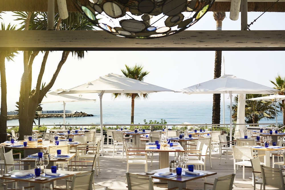 Outdoor Dining, Puente Romano Beach Resort