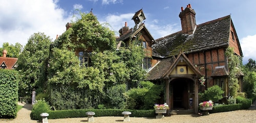 Langshott Manor