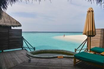 Coco Palm Dhuni Kolhu - Reviews, Photos & Rates - ebookers com