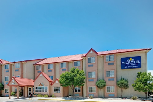 Great Place to stay Microtel Inn & Suites by Wyndham Albuquerque West near Albuquerque