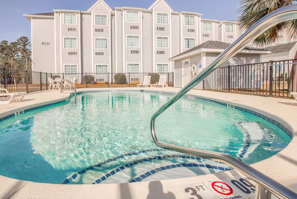 Pool, Microtel Inn & Suites by Wyndham Gulf Shores