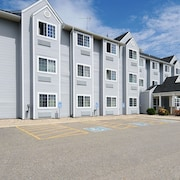 Microtel Inn & Suites by Wyndham Owatonna
