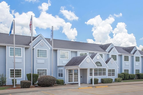 Microtel Inn by Wyndham Broken Bow