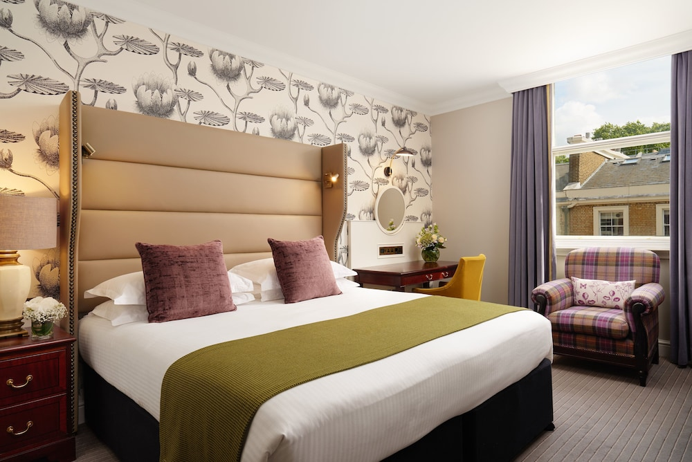 Featured Image, The Bailey's Hotel London