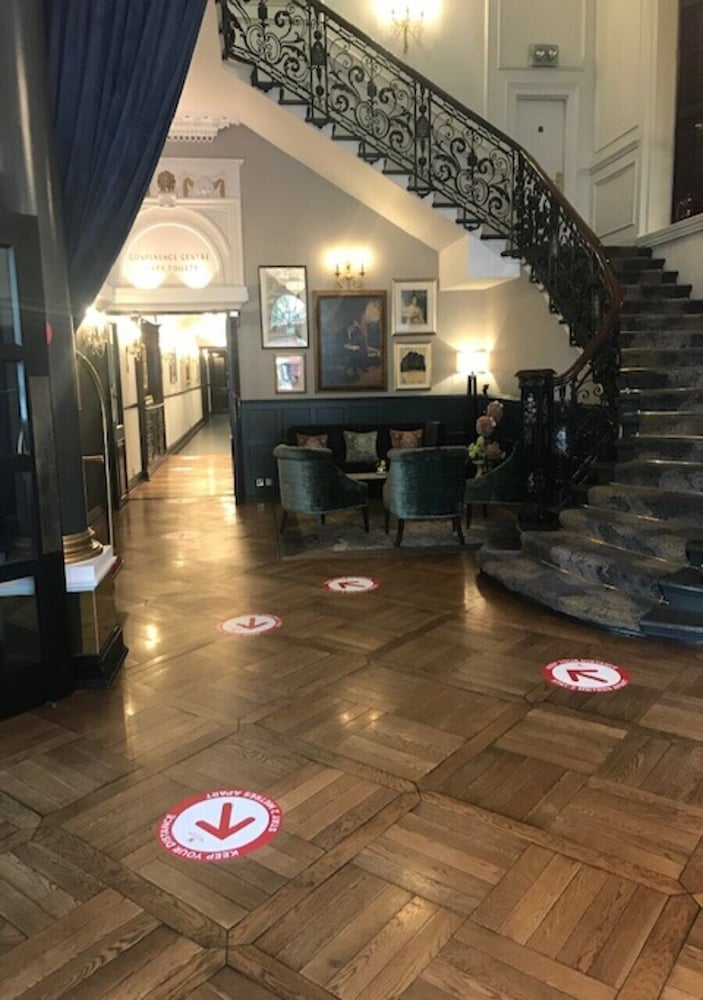 Cleanliness standards, The Bailey's Hotel London