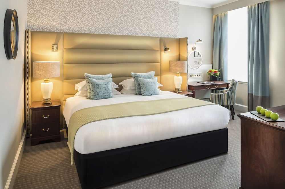 Room, The Bailey's Hotel London