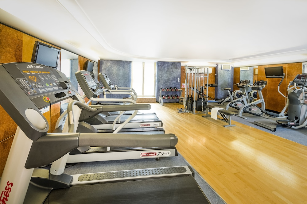 Gym, Millennium Gloucester Hotel London Kensington