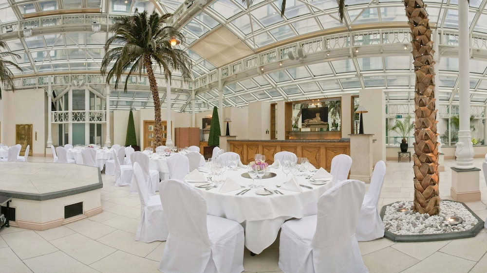 Banquet Hall, Millennium Gloucester Hotel London Kensington