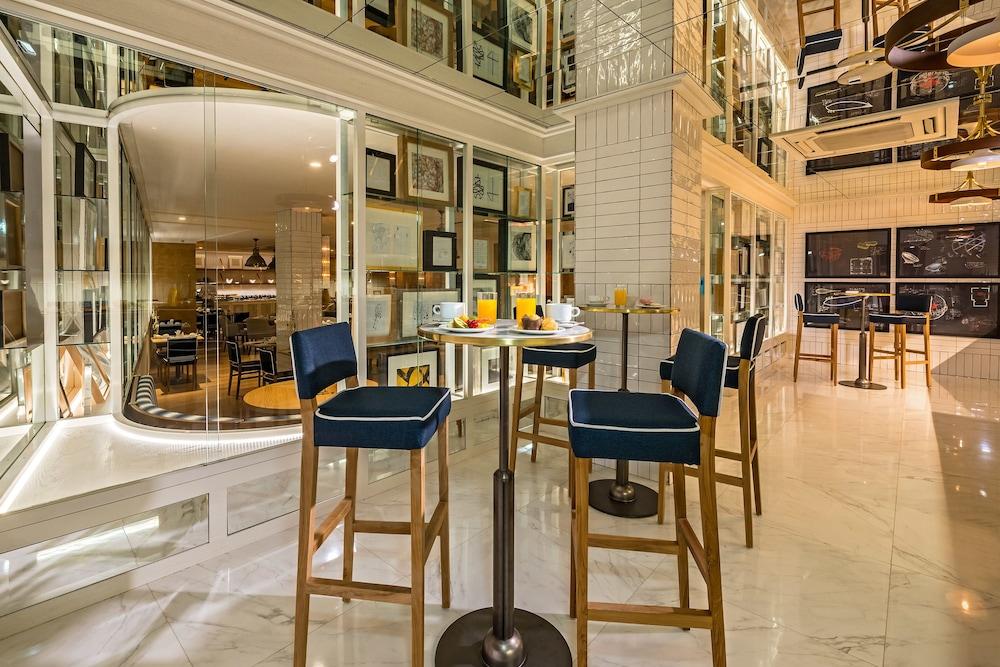 H10 puerta de alcal in madrid hotel rates reviews on orbitz - Hotel puerta de alcala ...
