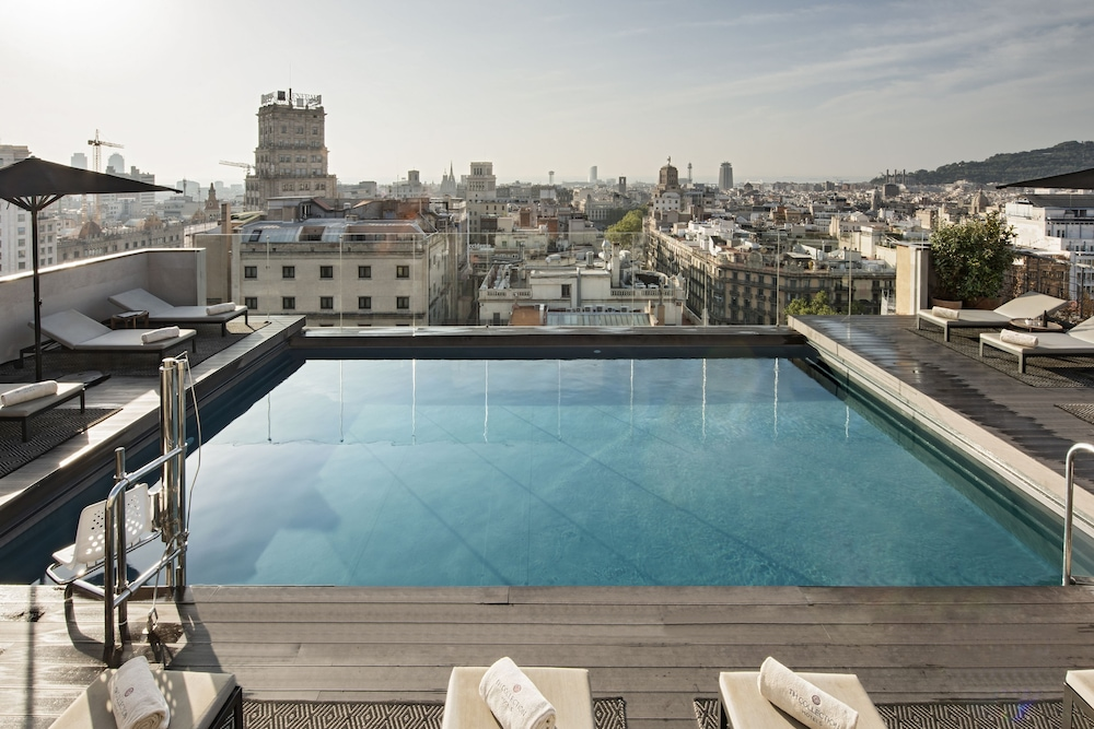 Outdoor Pool, NH Collection Barcelona Gran Hotel Calderón