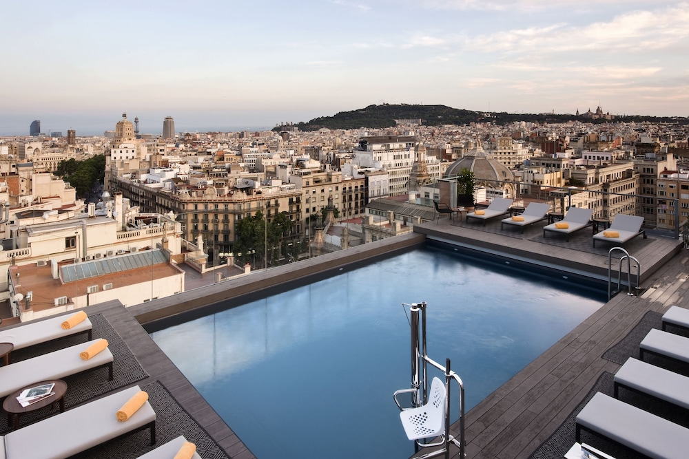 Rooftop Pool, NH Collection Barcelona Gran Hotel Calderón