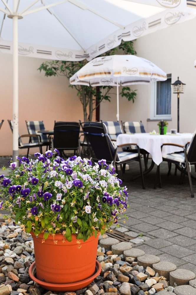 Terrace/Patio, Airport Hotel Erfurt