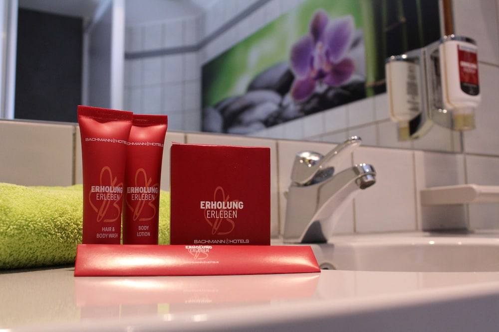 Bathroom Amenities, Airport Hotel Erfurt