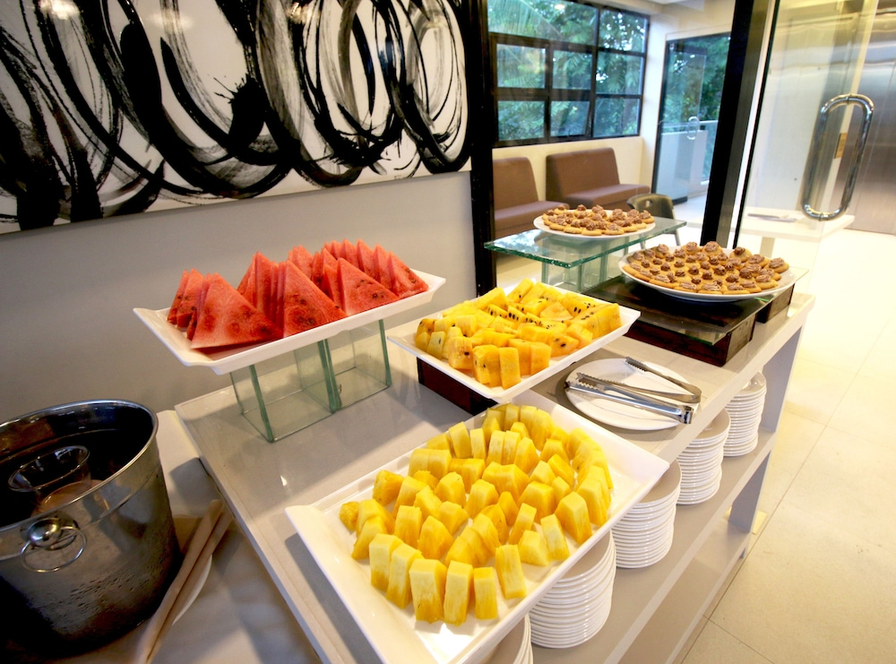 Breakfast Area, Estacio Uno Lifestyle Resort