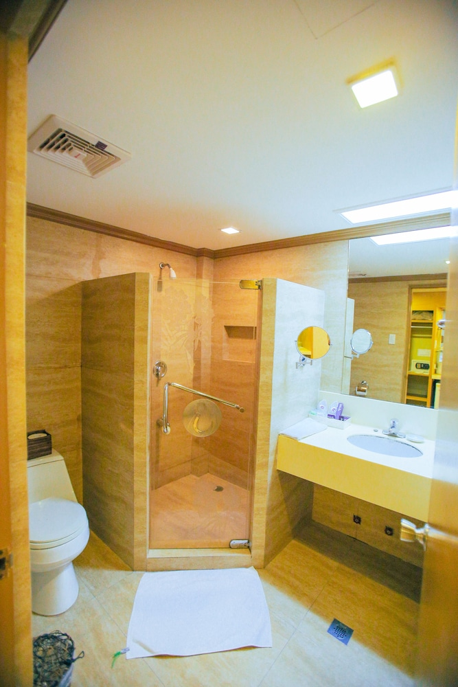 Bathroom, Estacio Uno Lifestyle Resort
